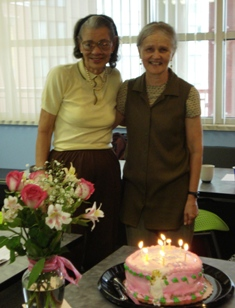 Photo of Mildred with AoH co-founder Marja Hilfiker