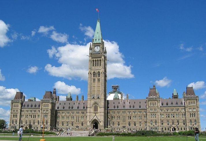 800px-DenglerSW-Parliament-Ottawa-20050730-1280x960.jpg