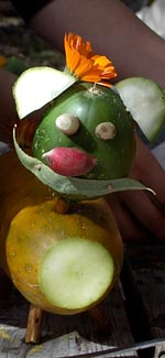 vegetableSculpture150x325.jpg